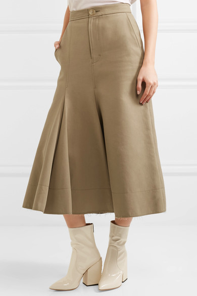 The front of Meghan Markle's Joseph Laurel skirt