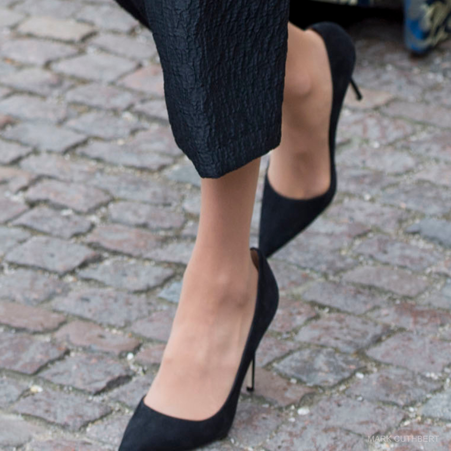 Meghan Markle wearing Manolo Blahnik shoes