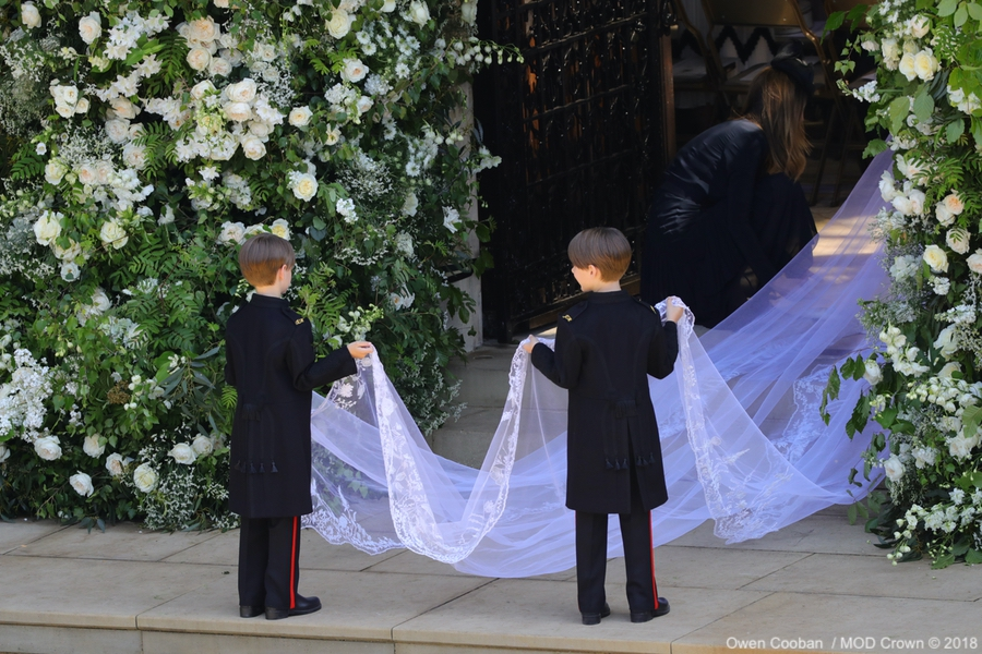 Meghan's veil featured floral embroidery
