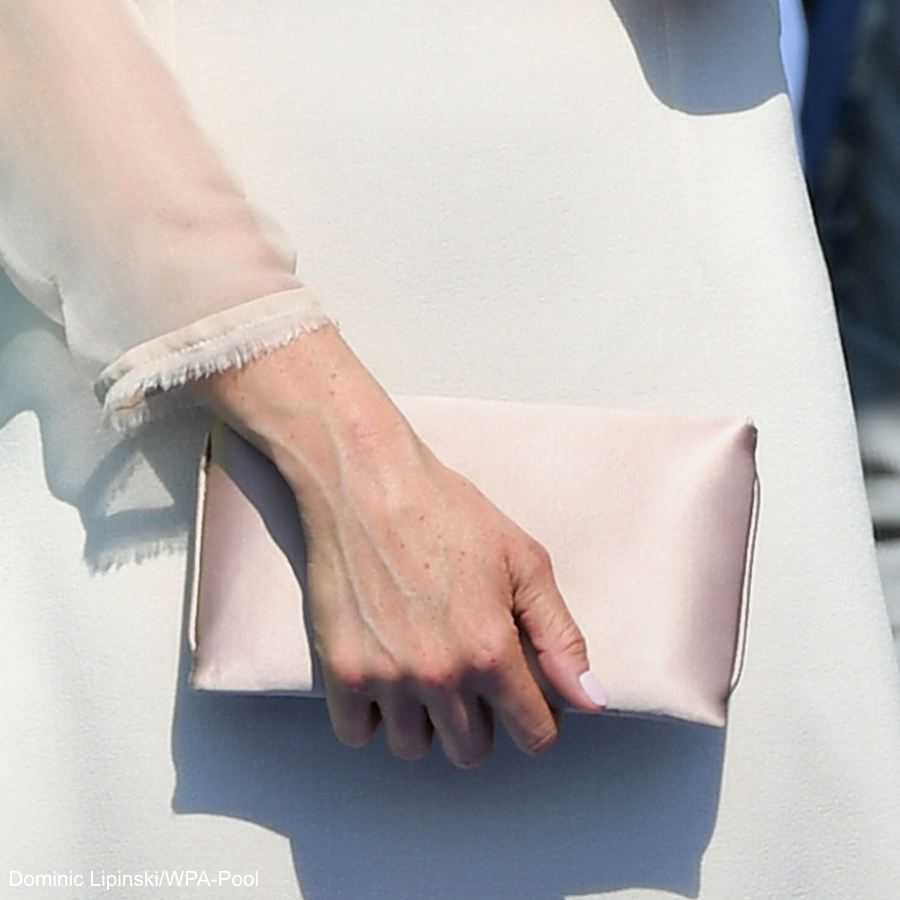 Meghan Markle carrying the Wilbur and Gussie clutch